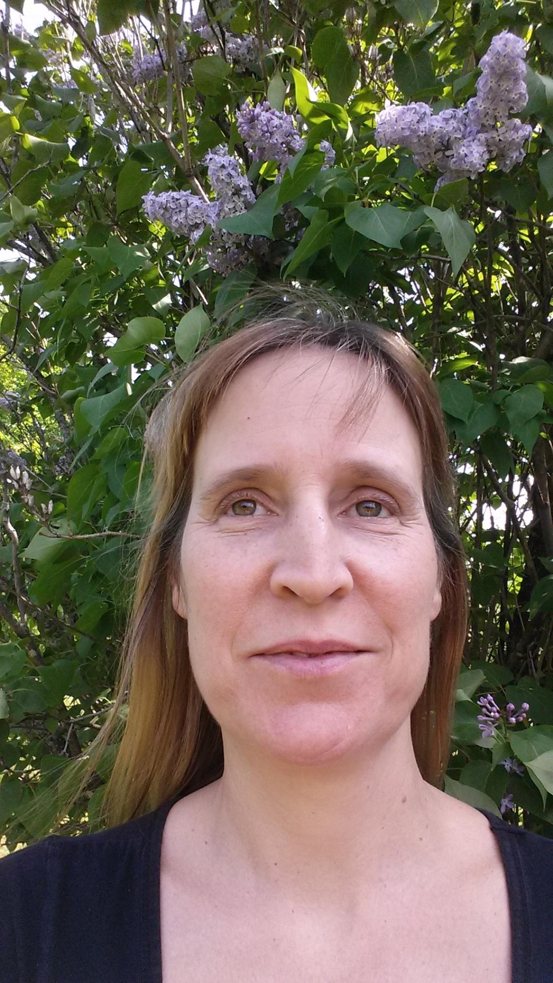 Julie Pare